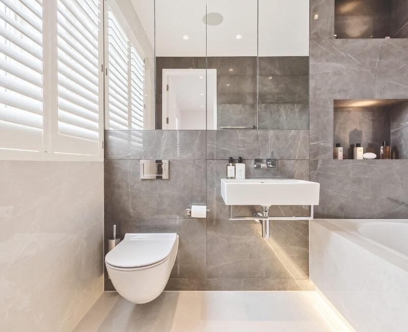 Richardson Mews Bathroom
