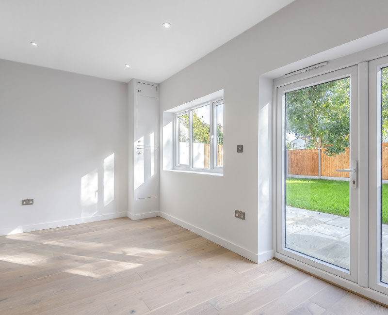 Manchester Road Living Space with Private Garden